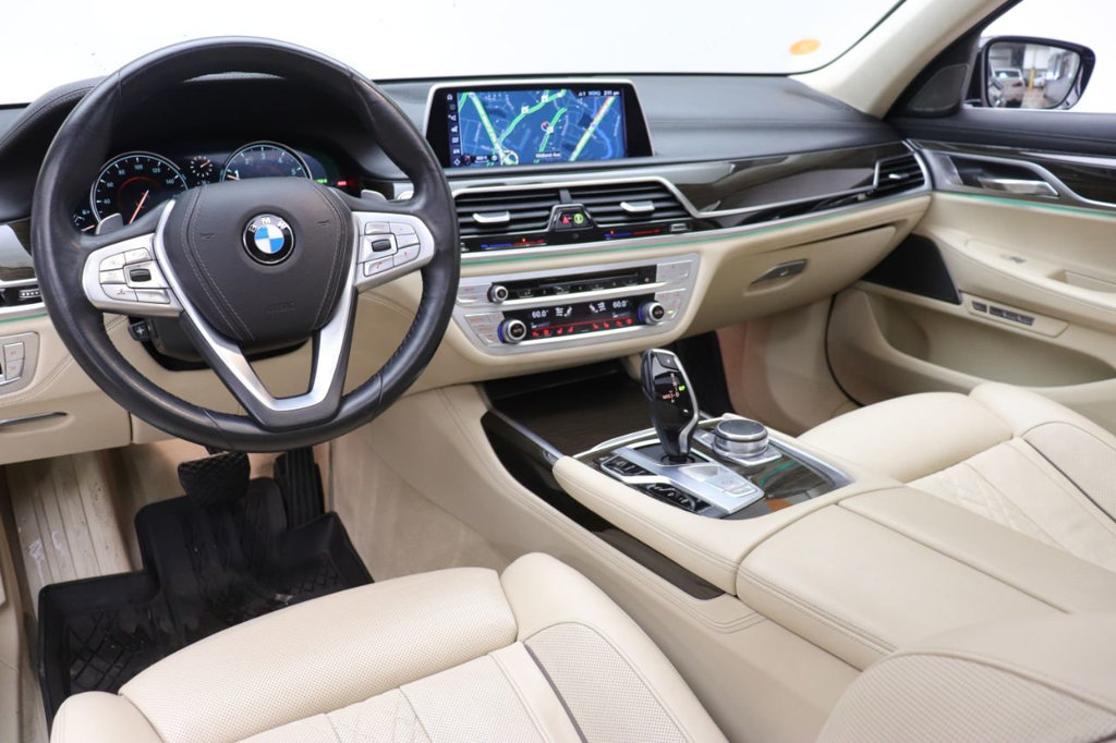 Pre-Owned 2016 BMW 7 Series 750i xDrive